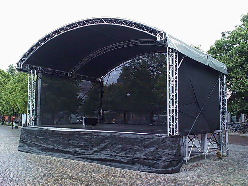 6 meter x 4 meter arc roof stage hire 6m x 4m arc roof for Pre manufactured roof trusses